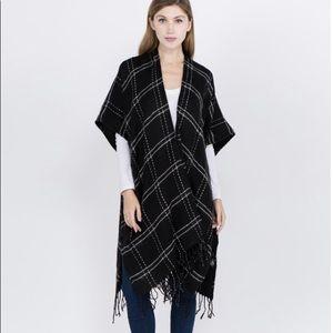 Do Everything In Love Winter Plaid Kimono - Black